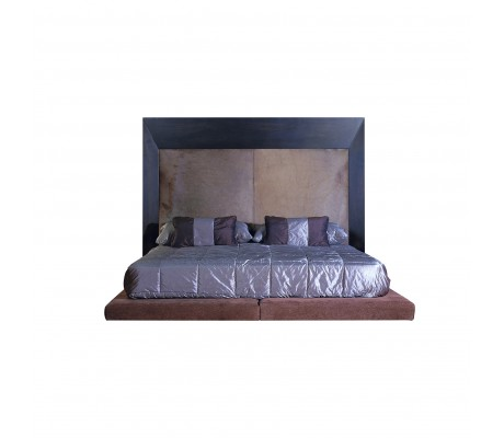 BERTA BED (FOR 200X200 CM MATTRESS)