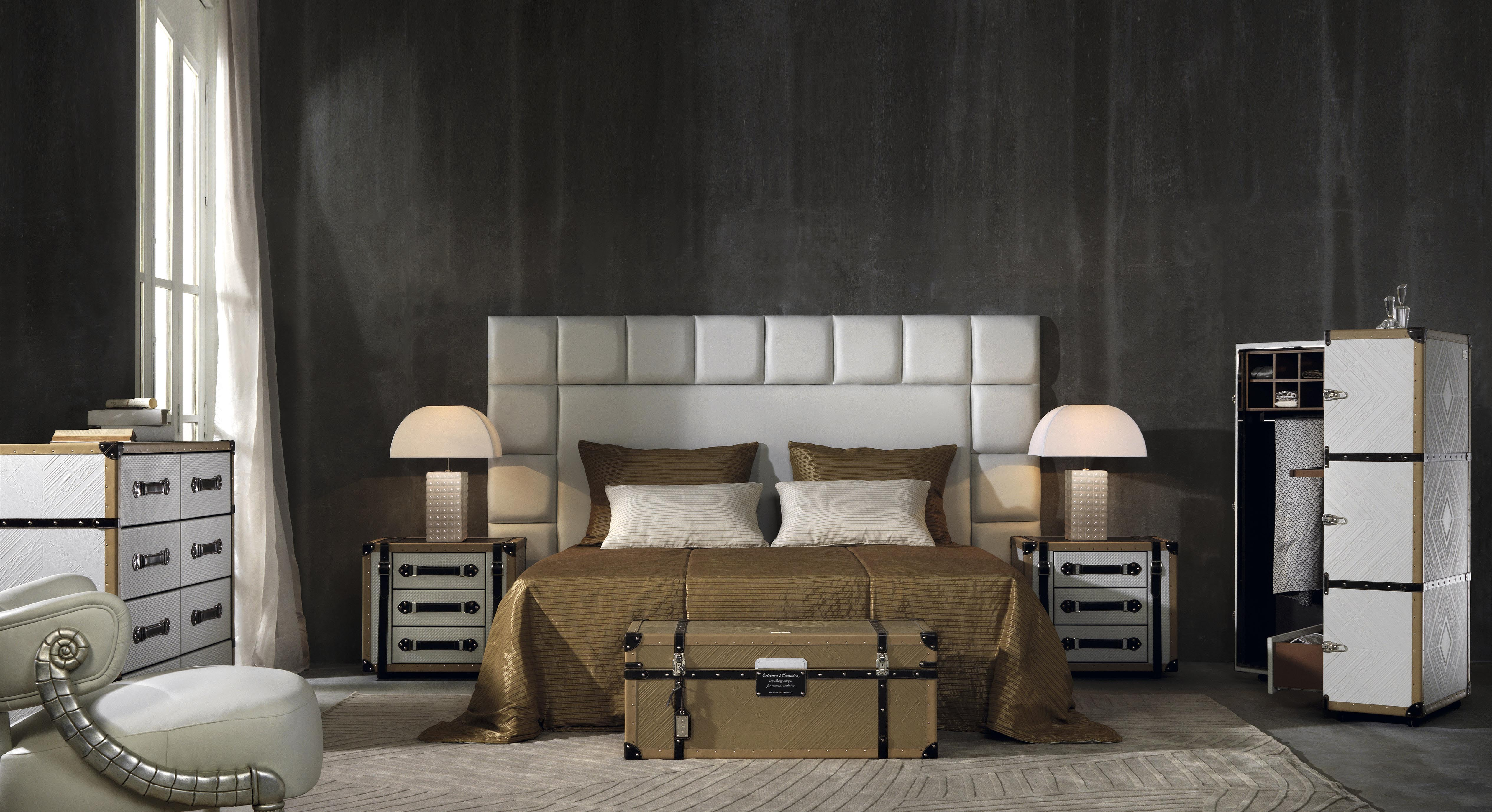 leather bedroom, white bedroom, trunk bedroom, coleccion alexandra uk