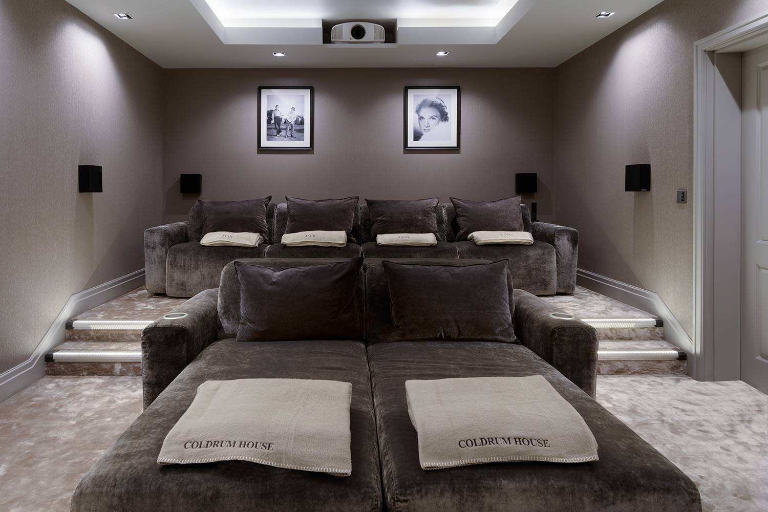 Luxury home cinema seating home cinema installation for Luxury home theater rooms
