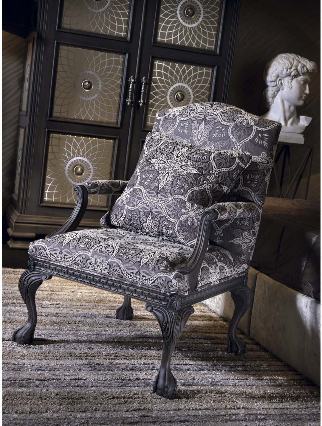 Robles Armchair C O M